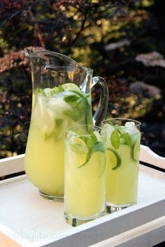Large Batch Cocktails For Your Party - New Year's Eve Cocktails - Vodka Mint Lemonade - This refreshing lemonade has a lot going for it — the mint and lemonade provide relief from the scorching sun while the vodka helps you forget about your sunburn.