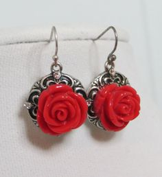 Cowgirl Bling Western RED ROSE EARRINGS Antiqued SILVER tone EARRINGS Gypsy  our prices are WAY BELOW RETAIL! all JEWELRY SHIPS FREE! www.baharanchwesternwear.com baha ranch western wear ebay seller id soloedition