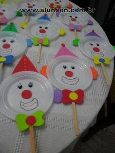 Imagem - Educação Infantil - Aluno On Kids Crafts, Clown Crafts, Carnival Crafts, Carnival Themes, Preschool Crafts, Easter Crafts, Diy And Crafts, Arts And Crafts, Circus Birthday