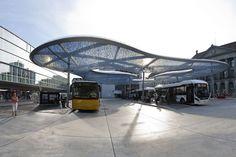 Vja: Station Forecourt