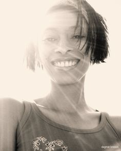 Sunshine-Model: Lita Santos  Photo: @dagmarbressel  #roguemagazine #squeezemagazine #squeezegirls #sepia #sunshine #beauty #shotaward #vulkanmagazine