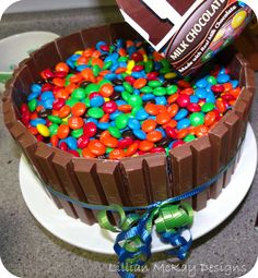 Kit Kat m cake
