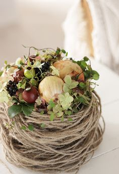 The Basket of Inspirations Deco Floral, Arte Floral, Floral Design, Seasonal Decor, Fall Decor, Flower Decorations, Table Decorations, Pot Pourri, Ikebana