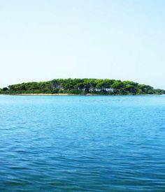 L'isola dei Conigli a Porto Cesareo, la più bella del Salento | Vizionario
