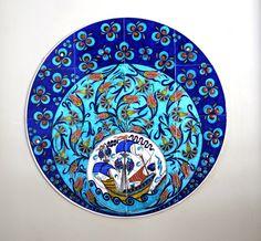 by Sıtkı Olçar Turkish Design, Turkish Art, Turkish Tiles, Decoupage Art, Tile Murals, Pottery Designs, Pottery Making, Old Art, Teller