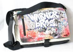 Warner Brothers Graffiti Mens Cross body Messenger/ Laptop Bag/ Book bag