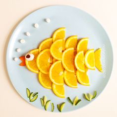 Food craft ideas for kids Great healthy food ideas Fun Food Ideas for Kids Fun food art ideas for kids Summer food crafts for kids fun and easy nutritious craft for kids Kids food craft ideas Cute Snacks, Cute Food, Good Food, Party Snacks, 80s Party Foods, Kid Snacks, Toddler Meals, Kids Meals, Lunch Saludable