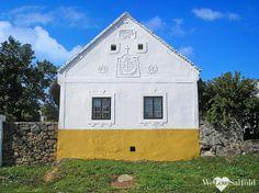 Salföld Hungary Travel, Vernacular Architecture, European House, Good House, How Beautiful, Cubes, Countryside, Shed, Farmhouse