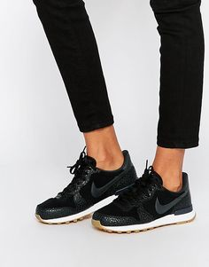Nike | Nike Black Internationalist Premium Trainers at ASOS