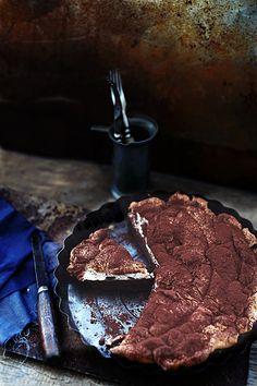 Шоколадный пирог с меренгой ...