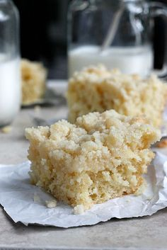 A simple, yet mouthwatering yeast raised polish coffee cake, with the most explosive amount of crumb topping! A recipe passed down through my family! Polish Desserts, Polish Recipes, Just Desserts, Delicious Desserts, Polish Food, Baking Recipes, Cake Recipes, Dessert Recipes, Baking Ideas