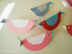 Πώς θα φτιάξετε πουλάκια Kindergarten, Eggs, Easter, Birds, Blog, Crafts, Manualidades, Easter Activities, Kindergartens
