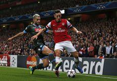 Mesut Özil - Technical Genius | Dribbling, Skills & Pass [HD]