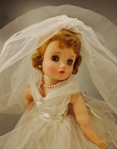 Items similar to ELISE BRIDE DOLL Madame Alexander Mint Condition all original eyes close 16 in tall on Etsy Antique Dolls, Vintage Dolls, Revlon, Beautiful Dolls, Beautiful Bride, Wedding Dress Clothes, Vintage Madame Alexander Dolls, Effanbee Dolls, Indian Dolls