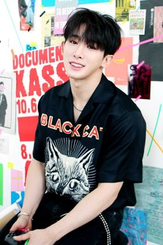 """(BLOG) MONSTA X [THE CONNECT] Jacket shooting scene - Wonho Source: Naver"""