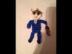 Rainbow Loom MICHAEL MYERS (Halloween). Designed and loomed by Yvonne Ambrose. Click photo for YouTube tutorial. 05/06/14.