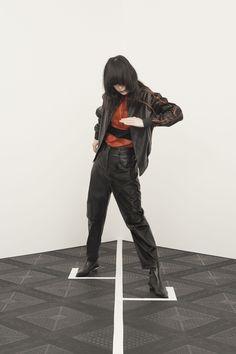 http://www.vogue.com/fashion-shows/pre-fall-2016/kenzo/slideshow/collection