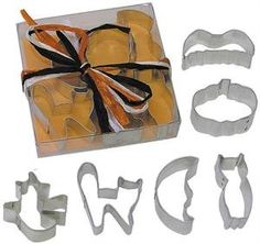 Miniature 1.75 Halloween Tin Cookie Cutter 6 Pc Set L1979b * Unbelievable product is here! : Baking Accessories