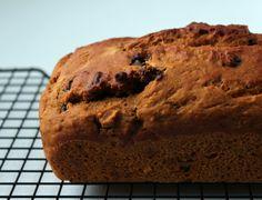 Spiced pumpkin applesauce bread