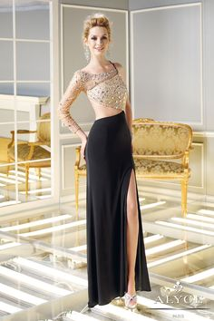 Dresses with sleeves are so in right now! Check out 10 of the sexiest sleeved dresses that would be perfect for prom form the new 2014 Claudine for Alyce Paris collection.  - See more at: http://www.alyceparis.com/blog/2013/10/14/10-prom-dresses-with-sleeves/#sthash.dNnldGK3.dpuf