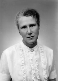 Elizabeth Gwyn Caskey (1910-1994), Canadian archaeologist; she supervised excavations in Greece in the 1950s and 1960s