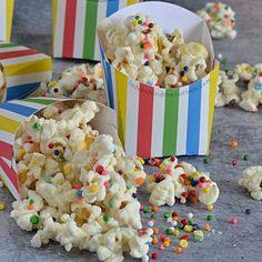 Beach Ball Candy Coated Party Popcorn: Because…what's not to love about popc. Cake Mix Cookie Recipes, Cake Mix Cookies, Oatmeal Raisin Cookies, Baked Oatmeal, Brown Sugar Pound Cake, Bread Pudding With Apples, Asparagus Bacon, Homemade Oatmeal, Apple Bread