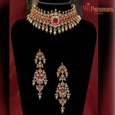 Gold Temple Jewellery, Gold Jewellery Design, Gold Jewelry, Jewelery, Gold Earrings Designs, Trendy Jewelry, Indian Jewelry, Wedding Jewelry, Diamond Choker