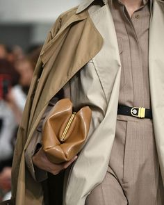 Future It-Bag(s) -> su Marieclaire.it la maxi gallery con tutte le borse per la Primavera Estate 2018 viste alle sfilate -> link in bio  : Céline @gettyimages #MCsfilate #celine #celinebag #itbag baglovers #ss2018 via MARIE CLAIRE ITALIA MAGAZINE OFFICIAL INSTAGRAM - Celebrity  Fashion  Haute Couture  Advertising  Culture  Beauty  Editorial Photography  Magazine Covers  Supermodels  Runway Models