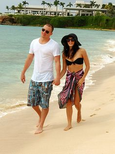 Channing Tatum walking with someone (who I'd like to be), Viceroy in the background