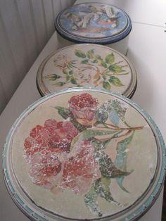 FINN – Vintage Kakebokser Sett av 3 Decoupage, Plates, Cool Stuff, Retro, Tableware, Vintage, Licence Plates, Dishes, Dinnerware