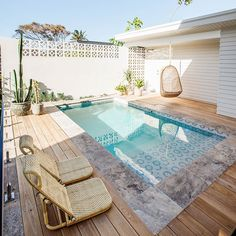Things To Be Consider For Asking Swimming Pool Service Service is very crucial in our life, likewise a pool. Now, we are going to give you the swimming pool service that you can choose based on your pool needed. Small Swimming Pools, Small Pools, Swimming Pools Backyard, Swimming Pool Designs, Pool Landscaping, Lap Pools, Indoor Pools, Swiming Pool, Pool House Designs