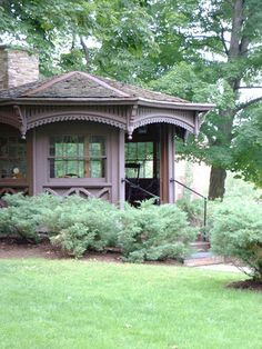 Mark Twain's writing hut, currently on the campus of Elmira College in upstate New York.