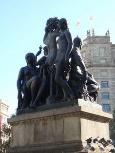 Escultura pça. Catalunya_126 by vicenstort, via Flickr