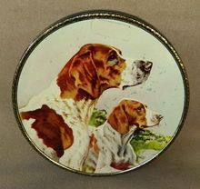British toffee tin, Pointer dogs, vintage 1940's. $49. Pointer Dog, Vintage Tins, Old Dogs, Confectionery, Mans Best Friend, Toffee, Antiques, 1940s, Boxes