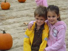 THING ONE AND THING TWO PUMPKIN HUNTING!