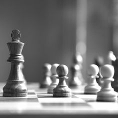 we look at what separates a chess grandmaster from an ordinary player and, most importantly, how these findings can help develop better students and athletes Best Hair Dye, Wallpaper Earth, The Devil's Advocate, King Design, Teaching Skills, Renaissance Era, Good Student, Chess Pieces, Character Aesthetic