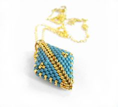 Peyote Diamond Necklace, Beadwoven Necklace, Beadwork Pendant, Small Gold Jewelry, Bead Diamond Shape, Gold Rhombus Pendant - Etsy UK Seller