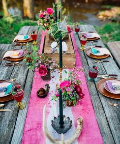 Best Wedding Table Decorations Settings Ideas Pictures | The 10 most stunning wedding table settings spotted on Pinterest. #refinery29 http://www.refinery29.com/wedding-table-settings