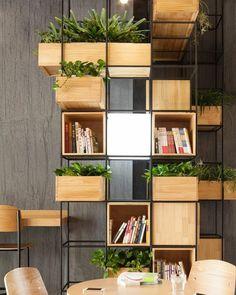 """530 curtidas, 3 comentários - DIY Home  (@diyhomebr) no Instagram: """"Estante modular com vergalhão e caixotes de pinus. Fonte: Hypeness  #decor #decoracao #decoração…"""""""