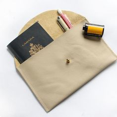 GOLDEN BRANCH LEATHER POUCH