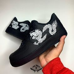 The custom has a white Chinese dragon on top of a black Air Force The paint used was Angelus Direct for the best quality! Jordan Shoes Girls, Girls Shoes, Jordan 11 Outfit, Jordan Outfits, Custom Vans Shoes, Custom Sneakers, White Nike Shoes, Black And White Shoes, White Sneakers