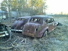 abandoned autos Abandoned Vehicles, Abandoned Cars, Abandoned Places, Vintage Cars, Antique Cars, Rust In Peace, Junk Yard, Rusty Cars, S Car