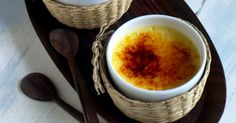 Creme bruléen er en af de klassiske franske desserter af fløde, æggeblommer og sukker afsluttet med et tyndt låg af sprødt brændt sukker.