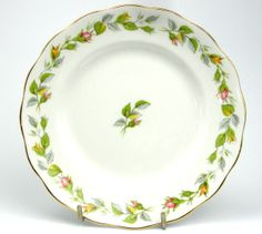Something New Something Old - Royal Standard Nosegay Tea/Side/Bread Plate, £7.00 (http://www.somethingnewsomethingold.co.uk/royal-standard-nosegay-tea-side-bread-plate/)