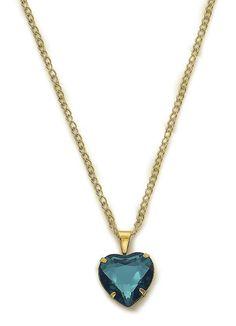 Gargantilha dourada com coração em pedra