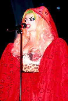 mizpah-bonheur: mabellonghetti: Nina Hagen on-stage looks from the still amazing Nina Hagen, Post Punk, Pretty People, Like You, Aurora Sleeping Beauty, Stage, Skunks, Makeup, Tina Turner