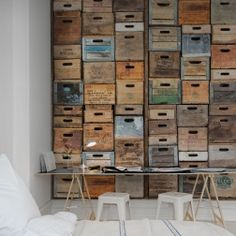 If you happen to be in L.A. and are hungry for urban French cuisine, stop by the lovely restaurant sharing the name with our wallpaper design; Industriel Urban Farm L.A. That is also where you can find the real wall. The crates are real boxes collected from all over California.