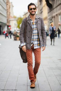 men's latest fashion: chinos in autumn colors and plaid shirt
