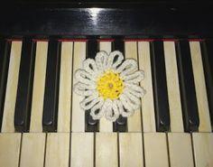 Daisy flower handmade #2 | TEEA Spacegirl