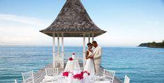 Casatorii pe malul marii in Mauritius. Spuneti da intr-un decor de exceptie.
